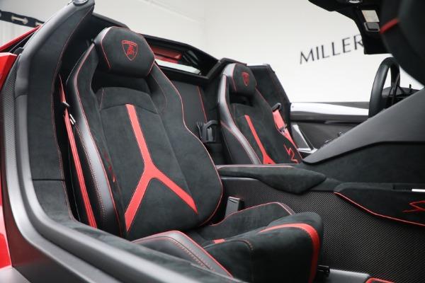 Used 2017 Lamborghini Aventador LP 750-4 SV for sale $599,900 at Bentley Greenwich in Greenwich CT 06830 24