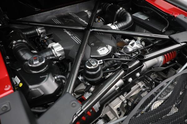 Used 2017 Lamborghini Aventador LP 750-4 SV for sale $599,900 at Bentley Greenwich in Greenwich CT 06830 26