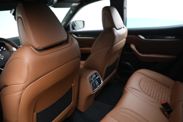 New 2021 Maserati Levante S GranSport for sale $112,899 at Bentley Greenwich in Greenwich CT 06830 17