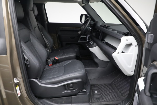 Used 2021 Land Rover Defender 90 First Edition for sale $69,900 at Bentley Greenwich in Greenwich CT 06830 22