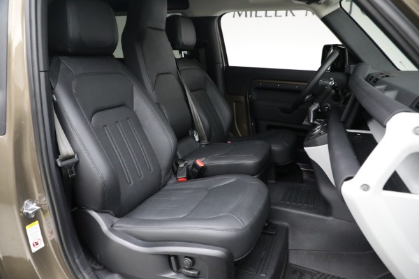 Used 2021 Land Rover Defender 90 First Edition for sale $69,900 at Bentley Greenwich in Greenwich CT 06830 23