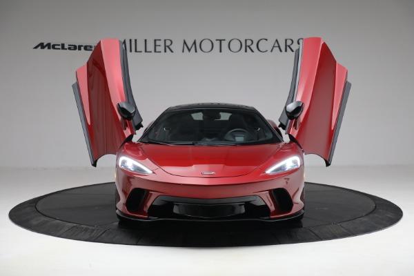 New 2021 McLaren GT for sale $217,275 at Bentley Greenwich in Greenwich CT 06830 12