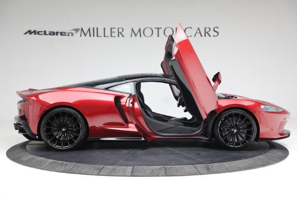 New 2021 McLaren GT for sale $217,275 at Bentley Greenwich in Greenwich CT 06830 18