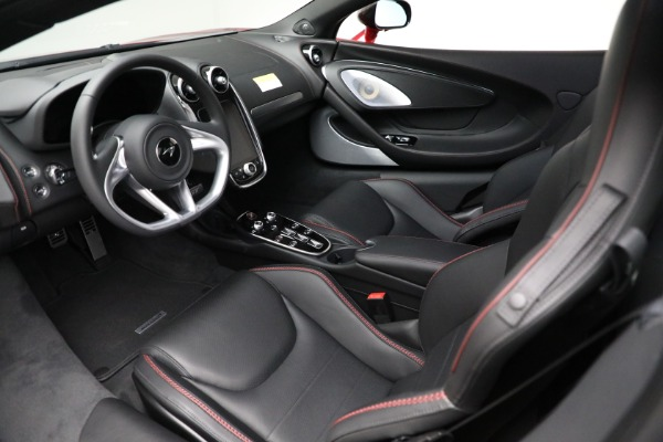 New 2021 McLaren GT for sale $217,275 at Bentley Greenwich in Greenwich CT 06830 22
