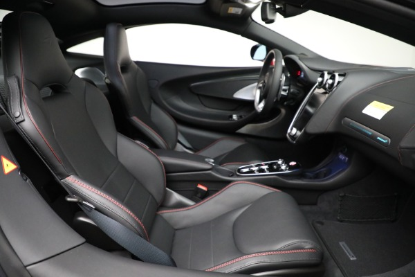 New 2021 McLaren GT Luxe for sale $217,275 at Bentley Greenwich in Greenwich CT 06830 24