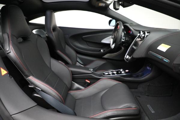 New 2021 McLaren GT for sale $217,275 at Bentley Greenwich in Greenwich CT 06830 24