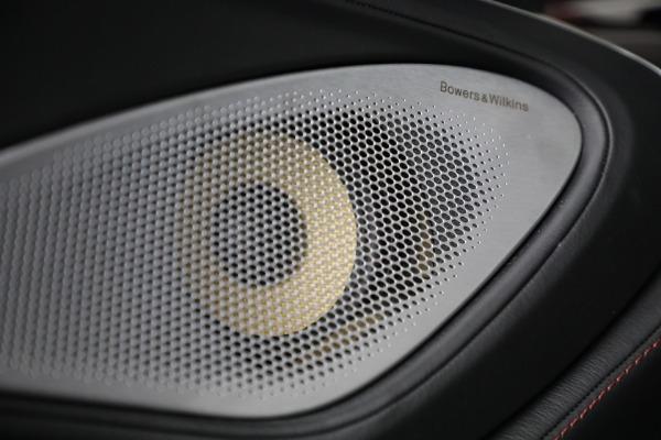 New 2021 McLaren GT for sale $217,275 at Bentley Greenwich in Greenwich CT 06830 27