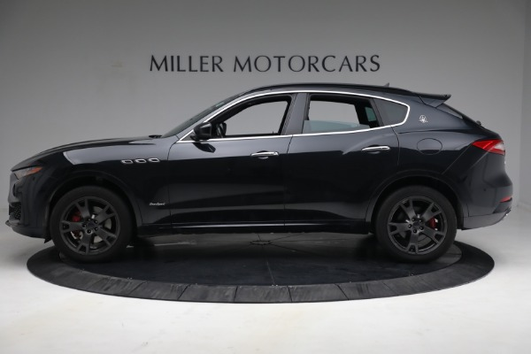 Used 2018 Maserati Levante GranSport for sale $59,900 at Bentley Greenwich in Greenwich CT 06830 3