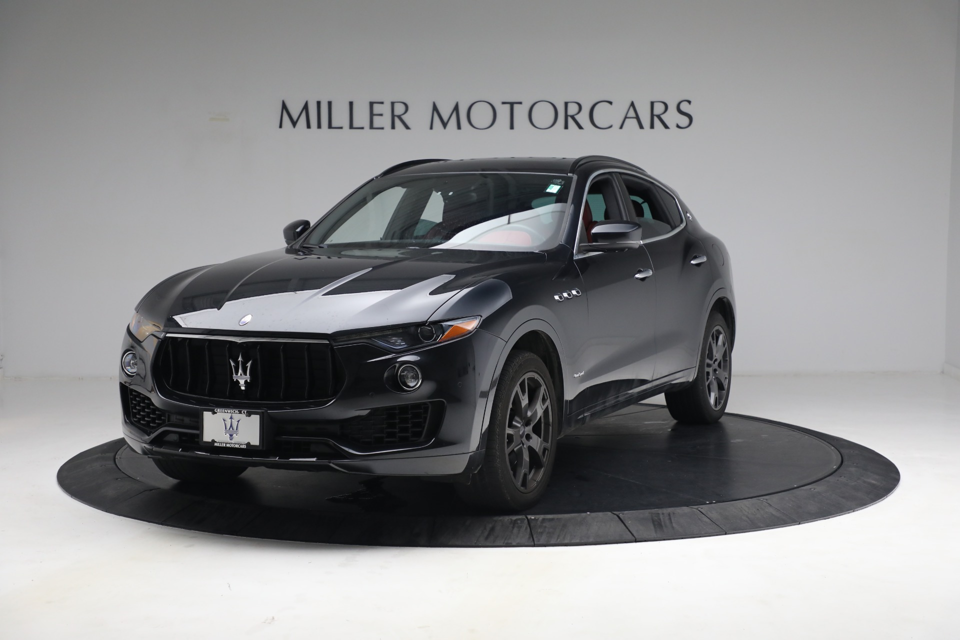 Used 2018 Maserati Levante GranSport for sale $59,900 at Bentley Greenwich in Greenwich CT 06830 1