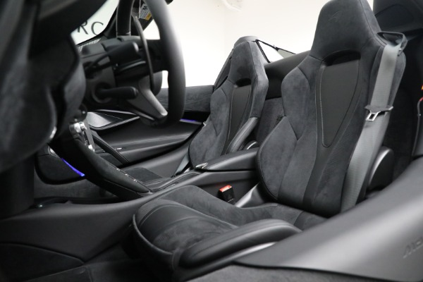 Used 2020 McLaren 720S Spider for sale $334,900 at Bentley Greenwich in Greenwich CT 06830 26