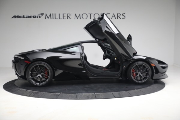 New 2021 McLaren 720S Performance for sale $344,500 at Bentley Greenwich in Greenwich CT 06830 24