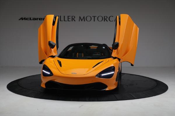 New 2021 McLaren 720S Spider for sale $378,110 at Bentley Greenwich in Greenwich CT 06830 13