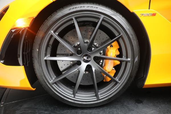New 2021 McLaren 720S Spider for sale $378,110 at Bentley Greenwich in Greenwich CT 06830 23
