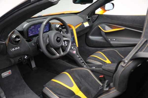 New 2021 McLaren 720S Spider for sale $378,110 at Bentley Greenwich in Greenwich CT 06830 24