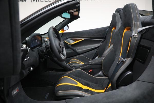 New 2021 McLaren 720S Spider for sale $378,110 at Bentley Greenwich in Greenwich CT 06830 25
