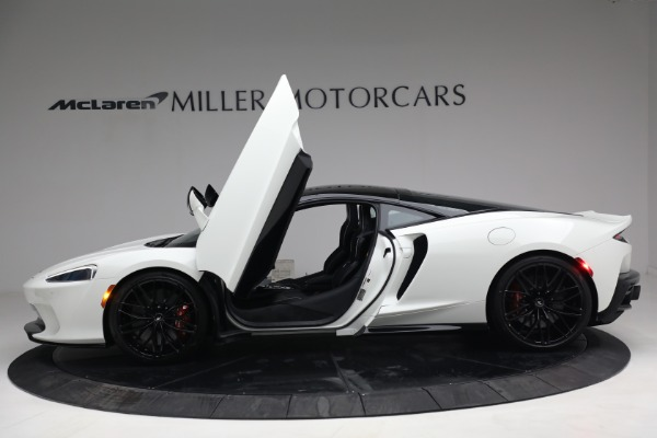 New 2021 McLaren GT Luxe for sale $217,205 at Bentley Greenwich in Greenwich CT 06830 15