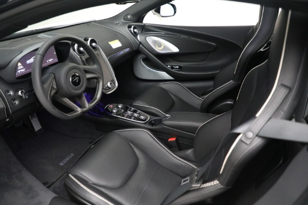 New 2021 McLaren GT Luxe for sale $217,205 at Bentley Greenwich in Greenwich CT 06830 17