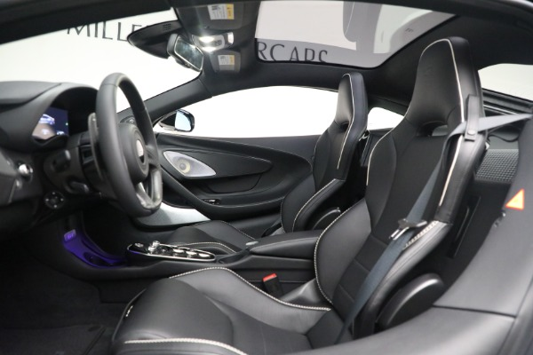 New 2021 McLaren GT Luxe for sale $217,205 at Bentley Greenwich in Greenwich CT 06830 18