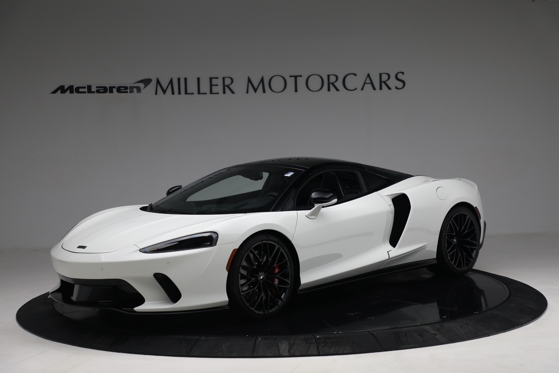 New 2021 McLaren GT Luxe for sale $217,205 at Bentley Greenwich in Greenwich CT 06830 1