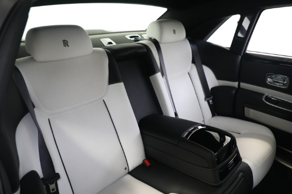Used 2017 Rolls-Royce Ghost for sale $219,900 at Bentley Greenwich in Greenwich CT 06830 16