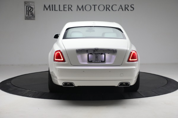 Used 2017 Rolls-Royce Ghost for sale $219,900 at Bentley Greenwich in Greenwich CT 06830 5