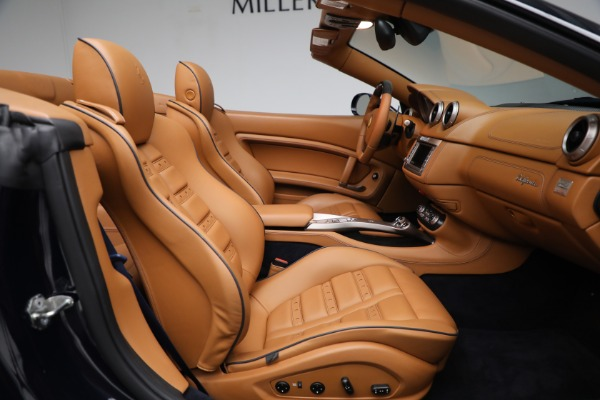 Used 2010 Ferrari California for sale Sold at Bentley Greenwich in Greenwich CT 06830 23
