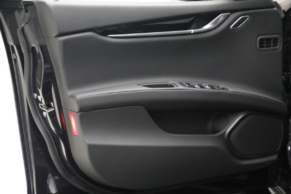 New 2021 Maserati Ghibli SQ4 for sale $92,894 at Bentley Greenwich in Greenwich CT 06830 21