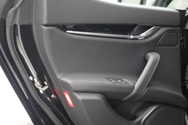New 2021 Maserati Ghibli SQ4 for sale $92,894 at Bentley Greenwich in Greenwich CT 06830 24