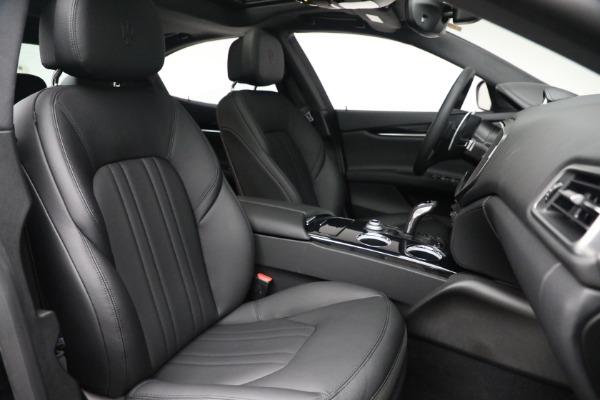 New 2021 Maserati Ghibli SQ4 for sale $92,894 at Bentley Greenwich in Greenwich CT 06830 27