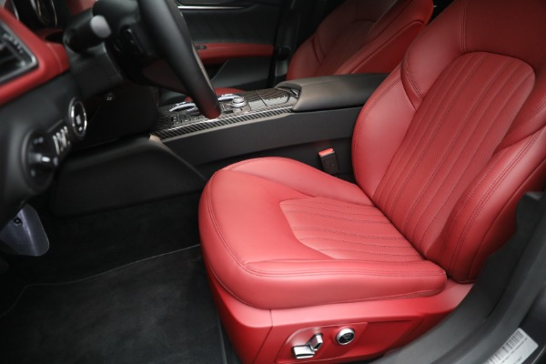 New 2021 Maserati Ghibli SQ4 GranLusso for sale Sold at Bentley Greenwich in Greenwich CT 06830 15