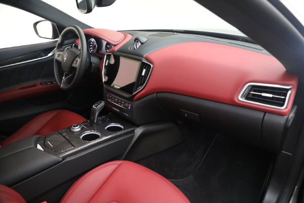 New 2021 Maserati Ghibli SQ4 GranLusso for sale Sold at Bentley Greenwich in Greenwich CT 06830 21