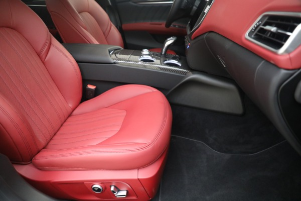 New 2021 Maserati Ghibli SQ4 GranLusso for sale Sold at Bentley Greenwich in Greenwich CT 06830 23