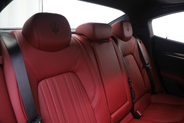 New 2021 Maserati Ghibli SQ4 GranLusso for sale Sold at Bentley Greenwich in Greenwich CT 06830 24