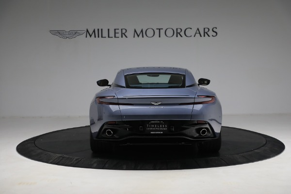 Used 2018 Aston Martin DB11 V12 for sale $164,990 at Bentley Greenwich in Greenwich CT 06830 5