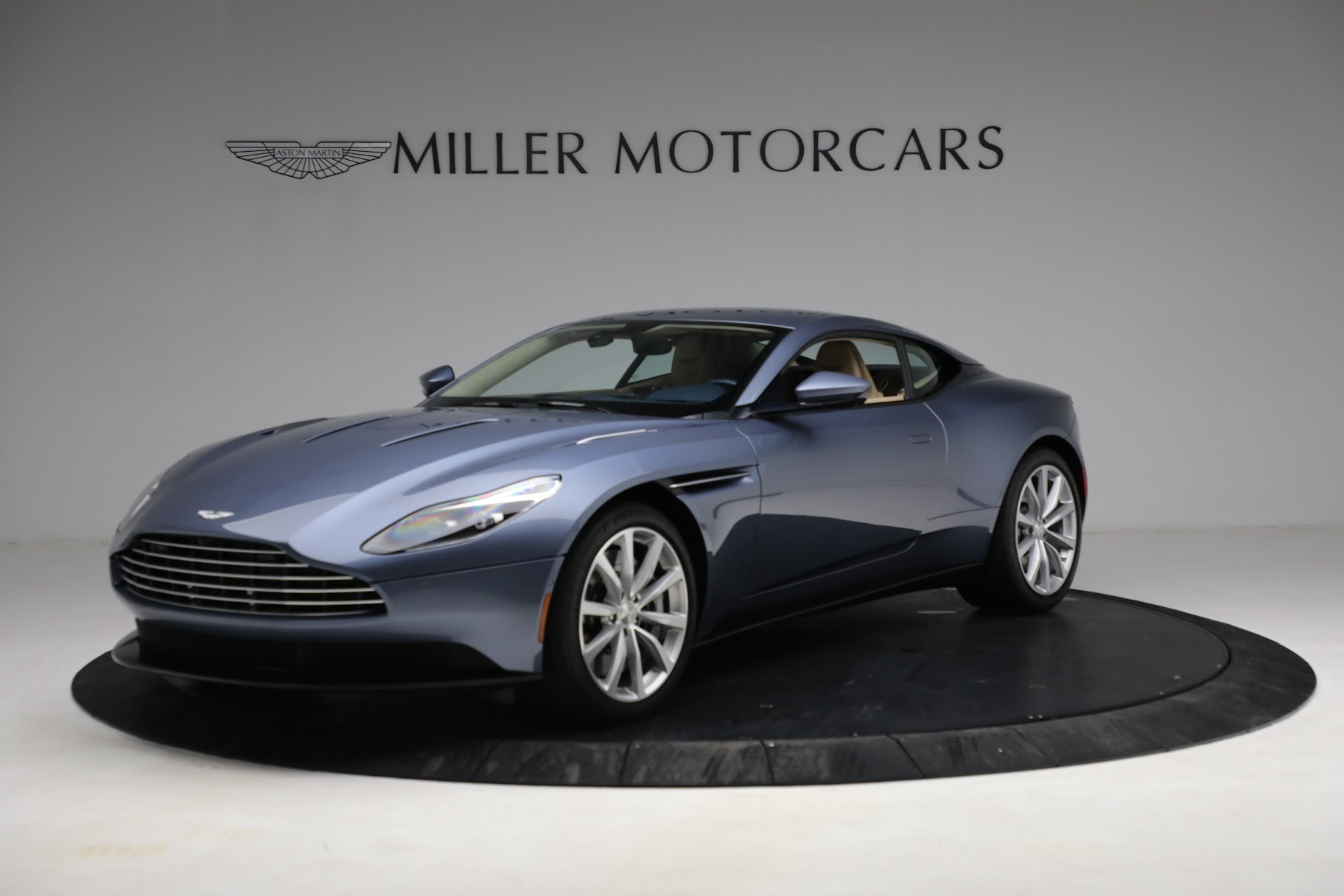 Used 2018 Aston Martin DB11 V12 for sale $164,990 at Bentley Greenwich in Greenwich CT 06830 1