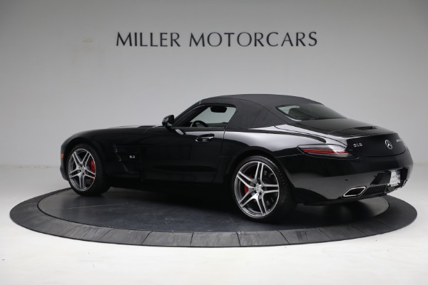 Used 2014 Mercedes-Benz SLS AMG GT for sale $169,900 at Bentley Greenwich in Greenwich CT 06830 12