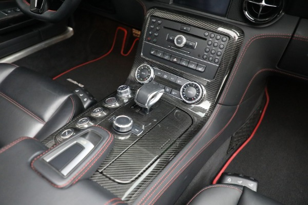 Used 2014 Mercedes-Benz SLS AMG GT for sale $169,900 at Bentley Greenwich in Greenwich CT 06830 23