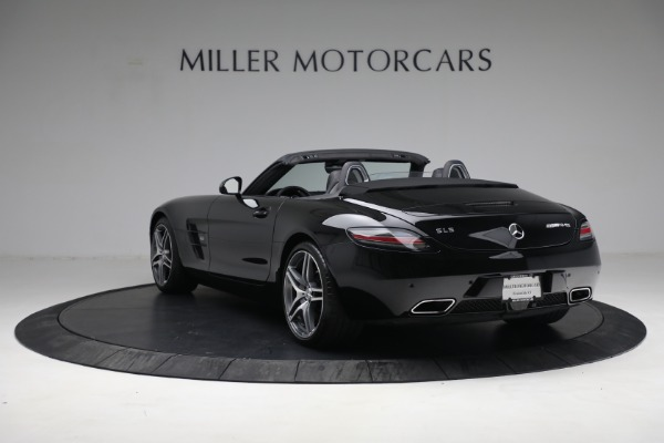 Used 2014 Mercedes-Benz SLS AMG GT for sale $169,900 at Bentley Greenwich in Greenwich CT 06830 5