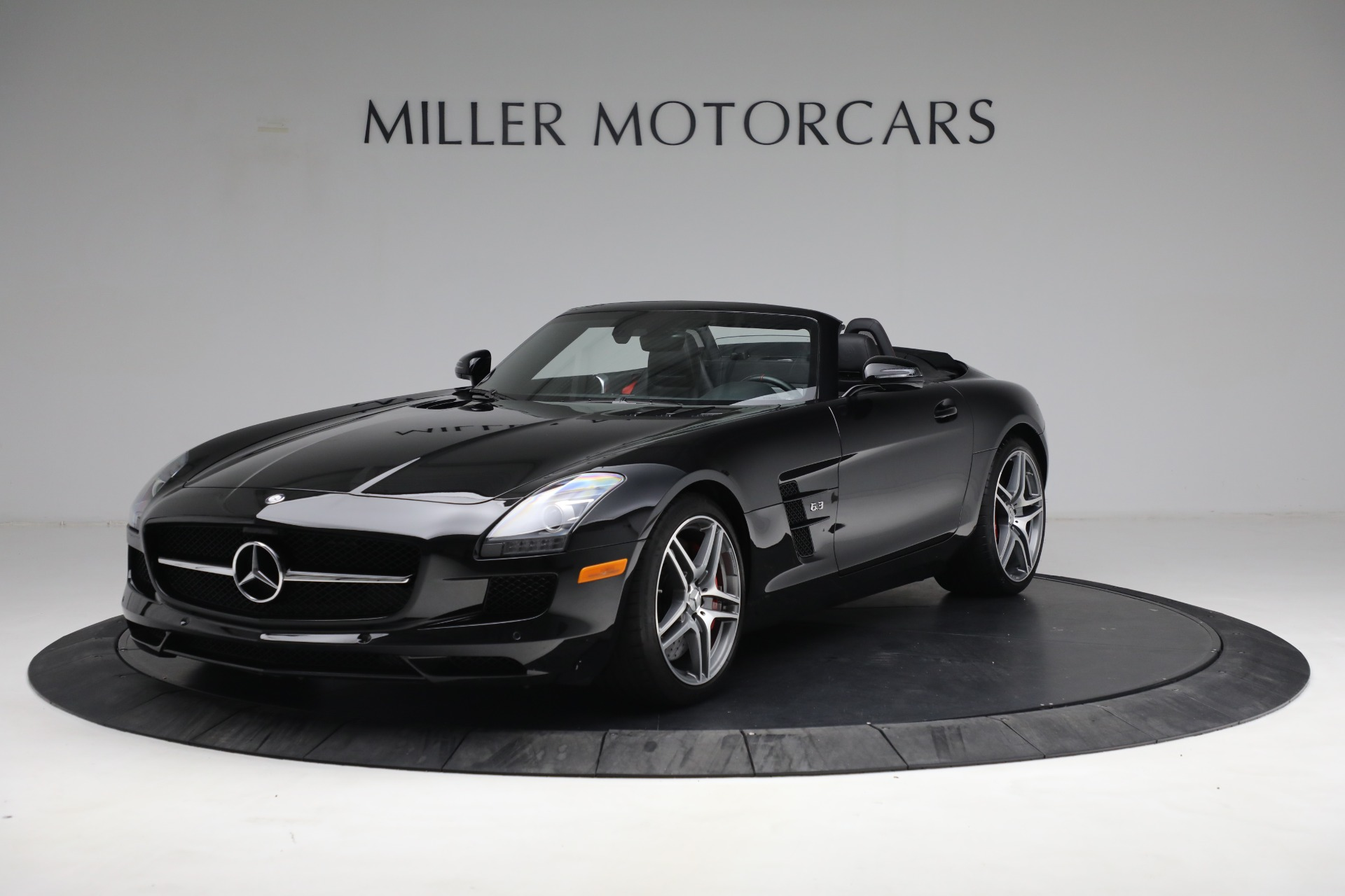 Used 2014 Mercedes-Benz SLS AMG GT for sale $169,900 at Bentley Greenwich in Greenwich CT 06830 1