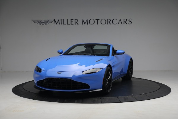 New 2021 Aston Martin Vantage Roadster for sale $186,386 at Bentley Greenwich in Greenwich CT 06830 11