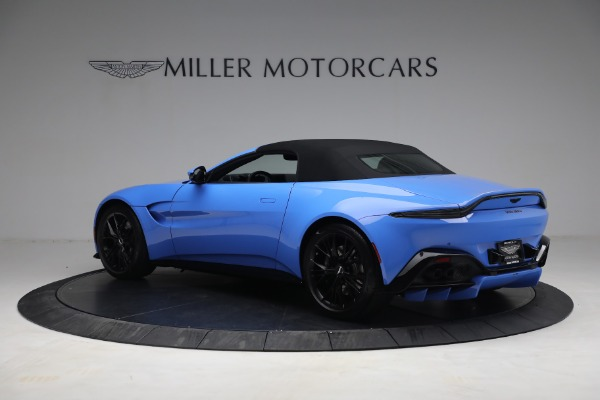 New 2021 Aston Martin Vantage Roadster for sale $186,386 at Bentley Greenwich in Greenwich CT 06830 14