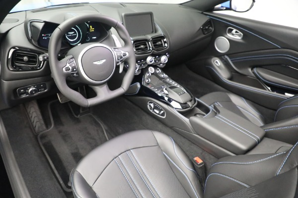 New 2021 Aston Martin Vantage Roadster for sale $186,386 at Bentley Greenwich in Greenwich CT 06830 19