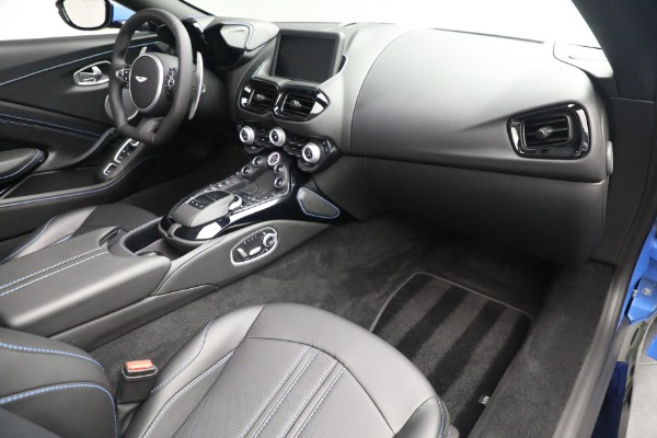 New 2021 Aston Martin Vantage Roadster for sale $186,386 at Bentley Greenwich in Greenwich CT 06830 23