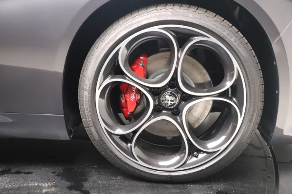 New 2022 Alfa Romeo Giulia Veloce for sale $52,845 at Bentley Greenwich in Greenwich CT 06830 23