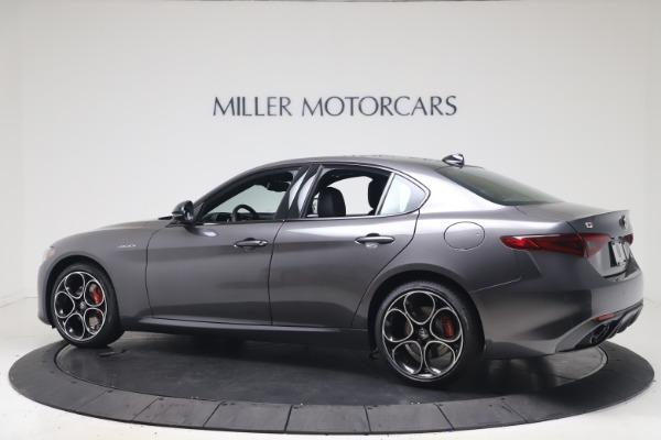 New 2022 Alfa Romeo Giulia Veloce for sale $52,845 at Bentley Greenwich in Greenwich CT 06830 4