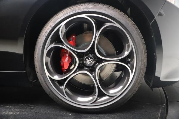 New 2022 Alfa Romeo Giulia Veloce for sale $52,045 at Bentley Greenwich in Greenwich CT 06830 22