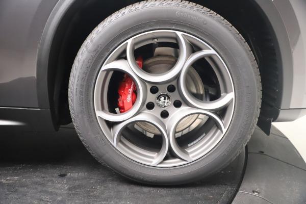 New 2022 Alfa Romeo Stelvio Sprint for sale $52,305 at Bentley Greenwich in Greenwich CT 06830 23
