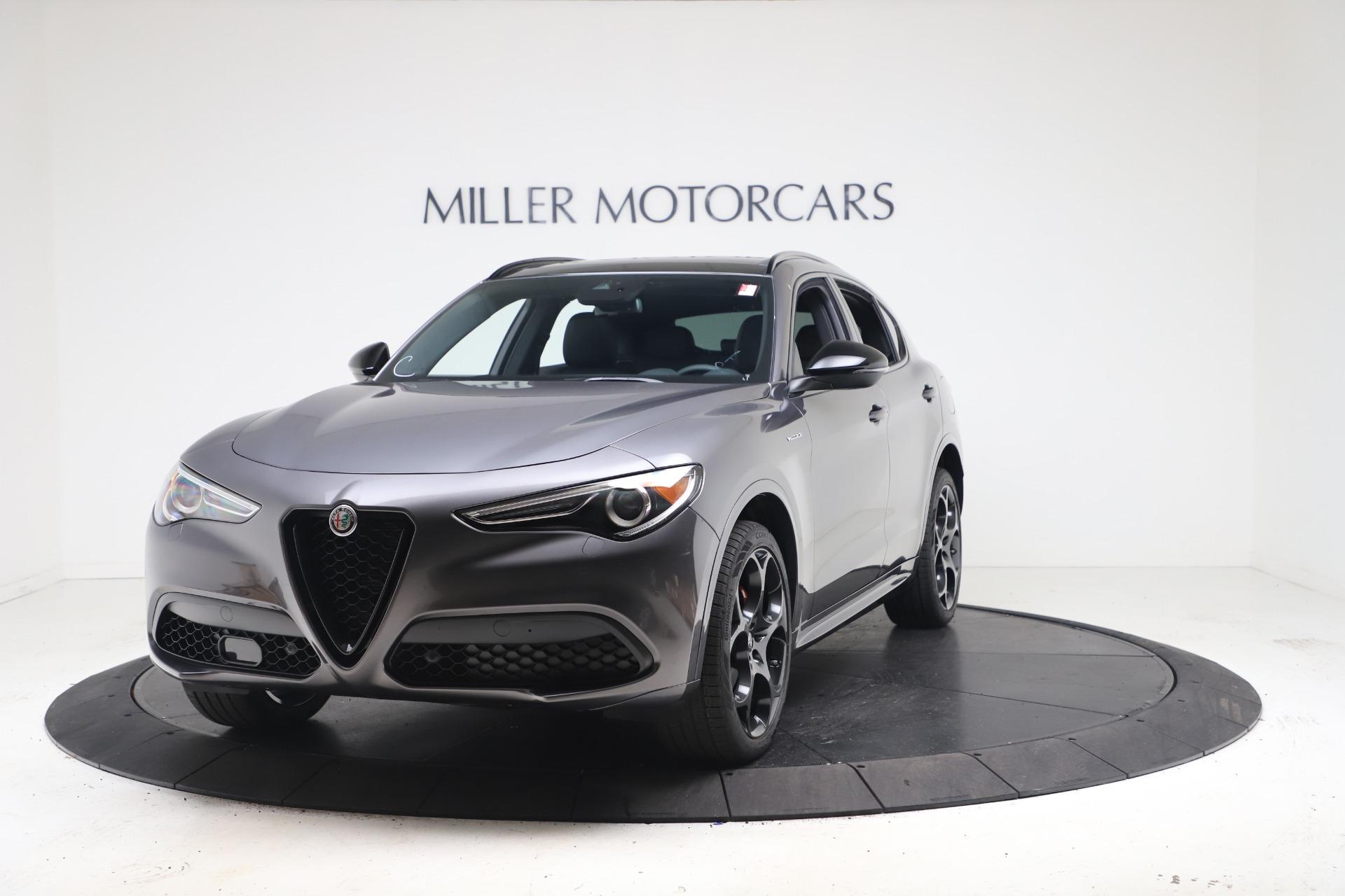 New 2022 Alfa Romeo Stelvio Veloce for sale $55,605 at Bentley Greenwich in Greenwich CT 06830 1
