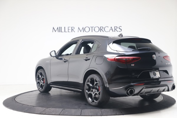New 2022 Alfa Romeo Stelvio Veloce for sale Sold at Bentley Greenwich in Greenwich CT 06830 5