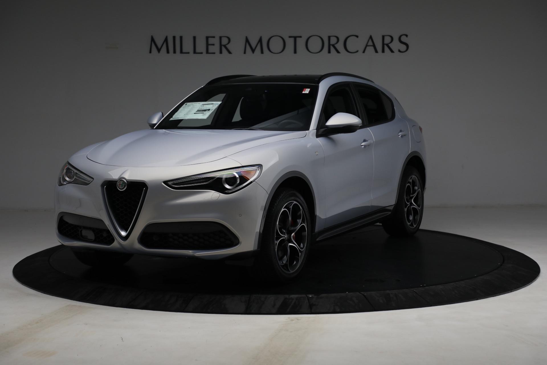 New 2022 Alfa Romeo Stelvio Ti for sale $55,805 at Bentley Greenwich in Greenwich CT 06830 1